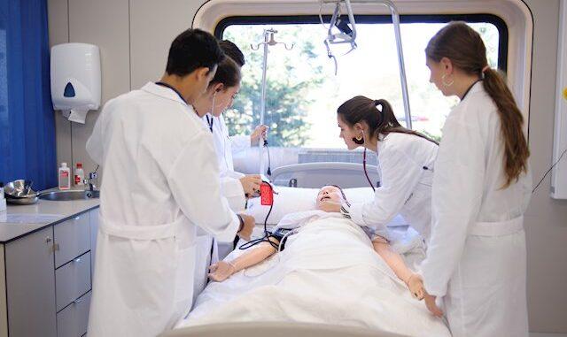 Médicos residentes en una asistencia sanitaria