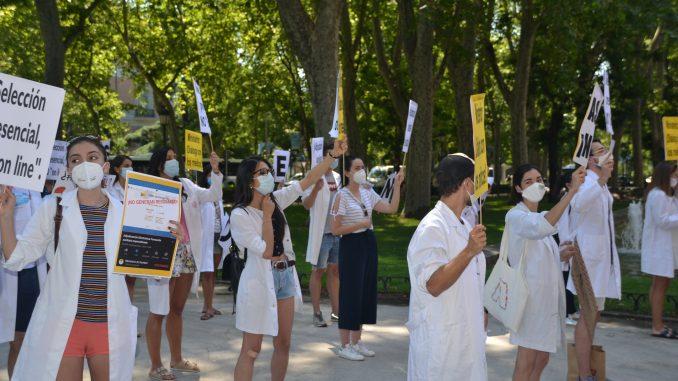 Manifestación por la elección de plazas presencial.