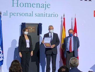 Tomás Toranzo Recoge el premio.