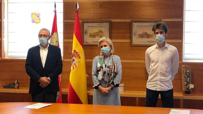 Momento de la reunión en la que se ha firmado el acuerdo