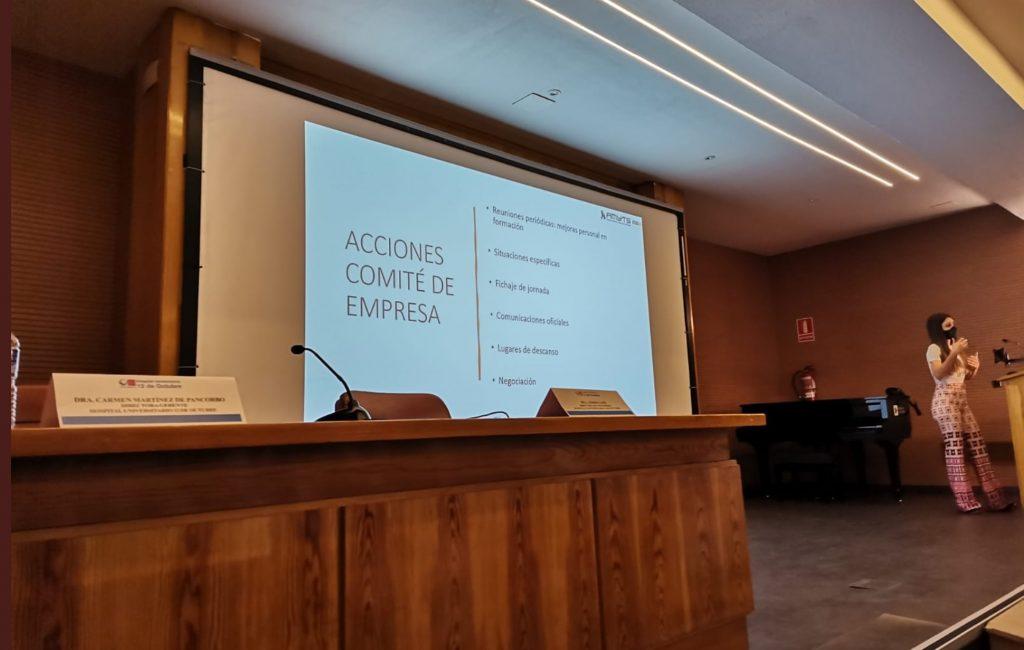 Momento de una de las charlas de Sheila Justo en el Hospital 12 de Octubre en Madrid.