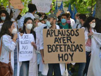 Manifestación por el cambio en el sistema de elección de plazas MIR.