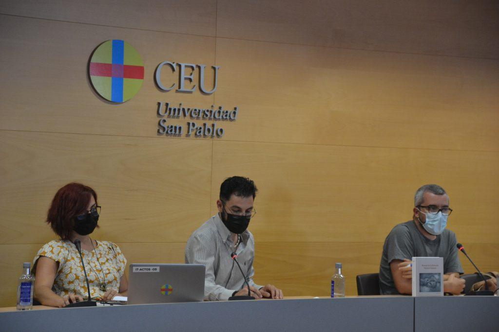 De izquierda a derecha, Clara Benedicto, Víctor Duque (moderador) y Javier Padilla. Tanto Santiago Alfonso como Luis Carlos Martínez intervinieron por videoconferencia.