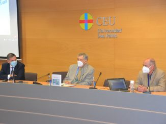 Tomás Chivato, Patricio Martínez y Gabriel del Pozo en la clausura del acto.